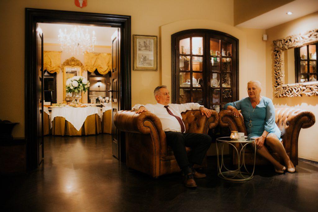fotograf ślubny warszawa elegancka villa julianna goczkowski gorecka fotografia fotograf ślubny warszawa sesja w dniu ślubu