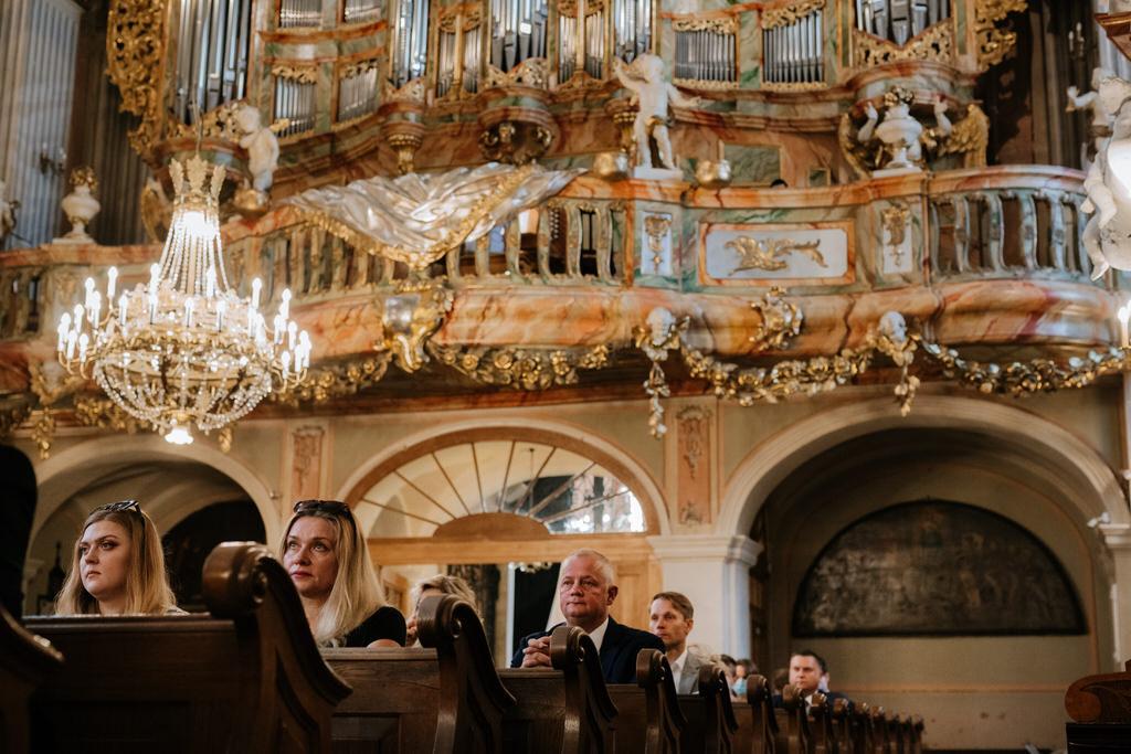 warszawa starówka ślub fotograf ślubny kościół św anny goczkowski gorecka ślub na warszawskiej Starówce kościol św Anny
